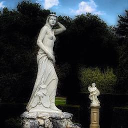 palace statue royal artistic urbexphotography