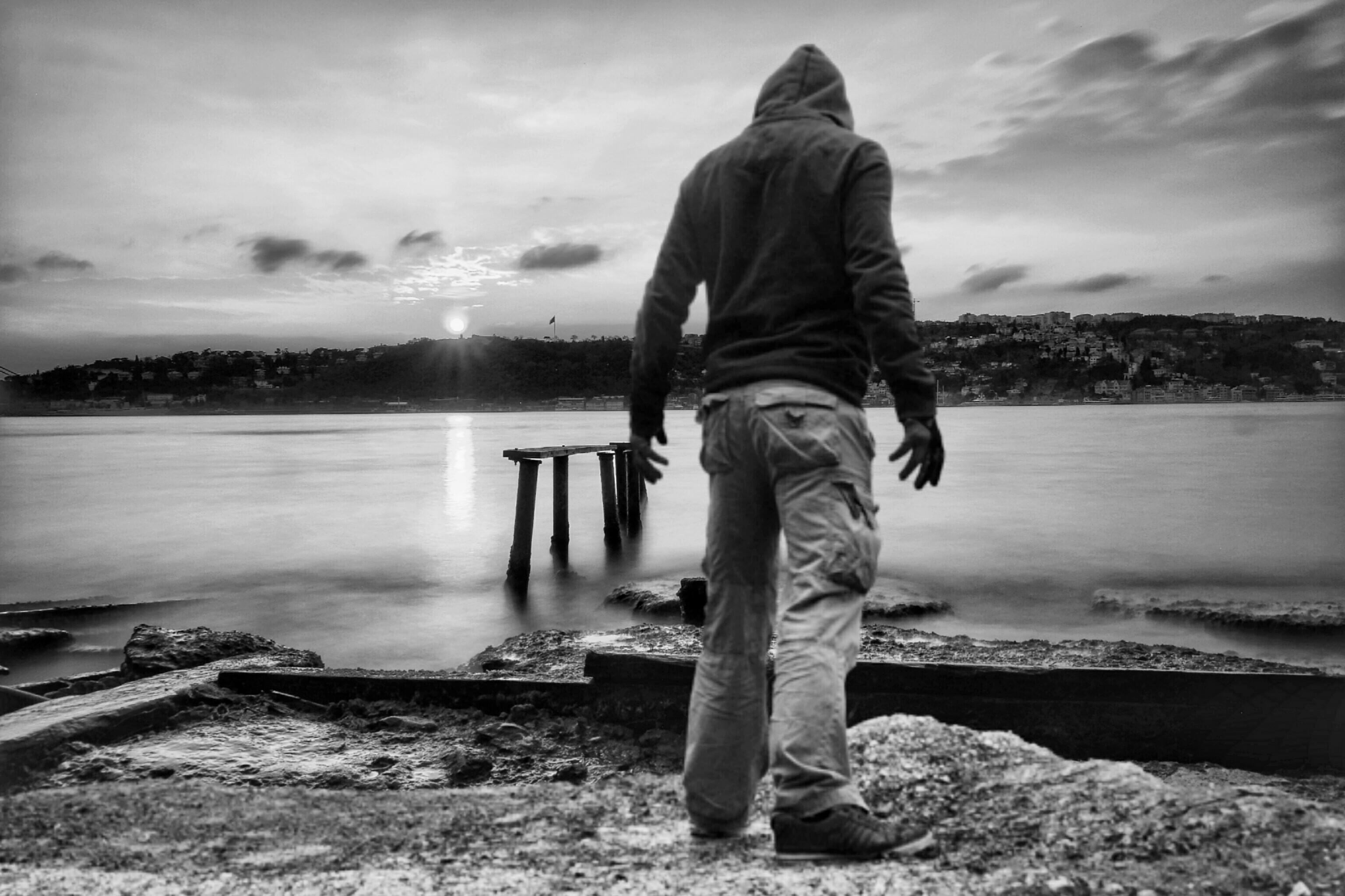 Картинки про одинокого пацана