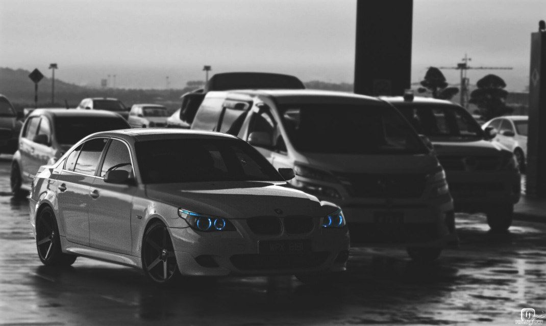 #FreeToEdit #malaysia #trip #airport #car #randomshot #bmw #bluelight #photooftheday #blackandwhite #photoediting