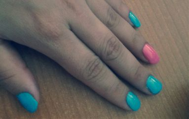 hand nails manicure blue