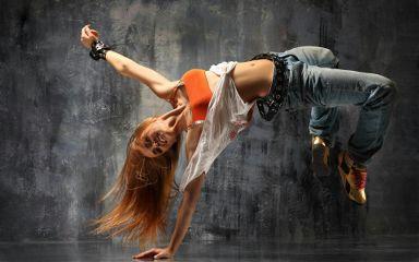 freetoedit girl jump