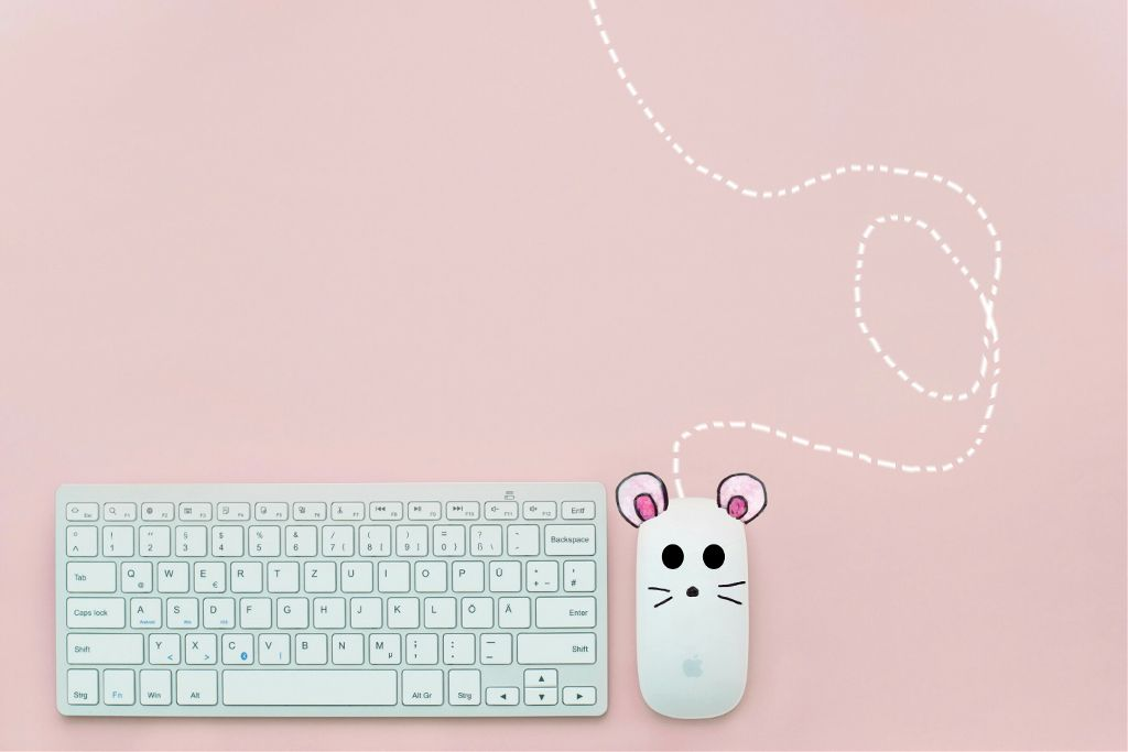 White Pink Mouse Keyboard Draw Image By Lama Khaled