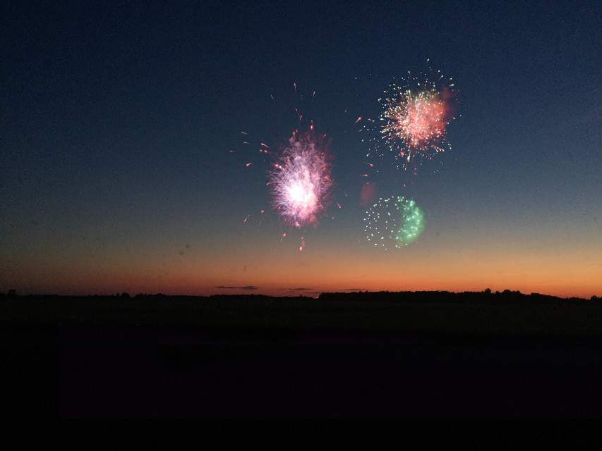 #freetoedit happy 4th of july #fireworks #4thofjuly #sunset #light #night #summer #sky #madewithpicsart