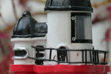 roter helgoland leuchtturm modell rot