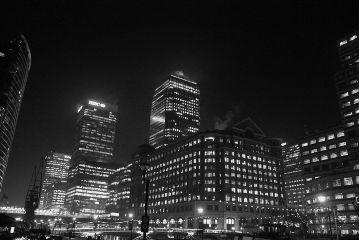 london city night skyscrapers