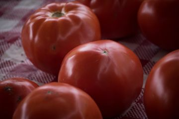 tomato food fresh farmersmarket red