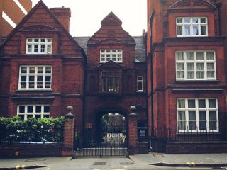 facade brickbuilding street streetphotography london