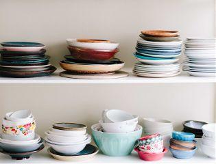 plates shelf freetoedit