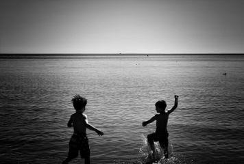 beach kids lake blackandwhite monochromatic