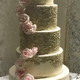 interesting cake wedding weddingcake weddinganniversary freetoedit