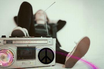 radioday freetoedit