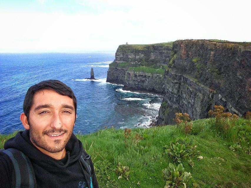 #cliffsofmoher #ireland #dublin #traveling #holidayweekend