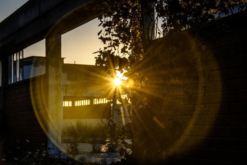 #photography #sunset #sun #bilding #greece