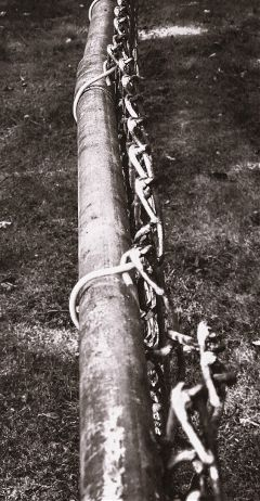 upclos macroshot pole chain separation