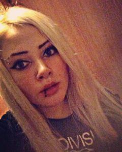 gothicgirl gothic metal piercing alternative