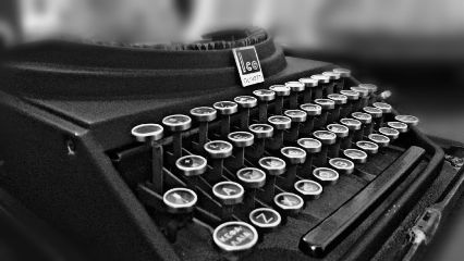 freetoedit writing typewriter literature sunday