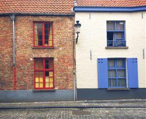 brugge windows contrast colorful travel