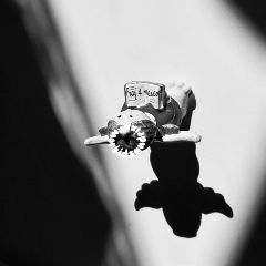 prayformexico blackandwhite angel shadow stilllife