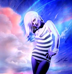 myoriginalwork originalart colorful womanportrait pinkandblue waptiltshifteffect freetoedit