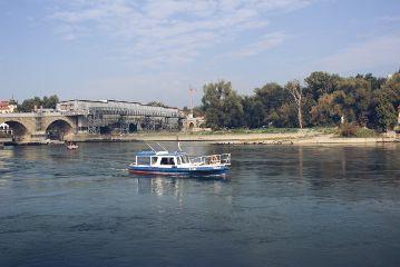 freetoedit boat river danube