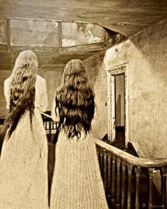 hauntedhouse runnnnnnnnnnnn https://youtu.be/gl7o8_kweoc freetoedit hauntedhouse