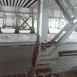 trainbridge metal parrallel crisscross