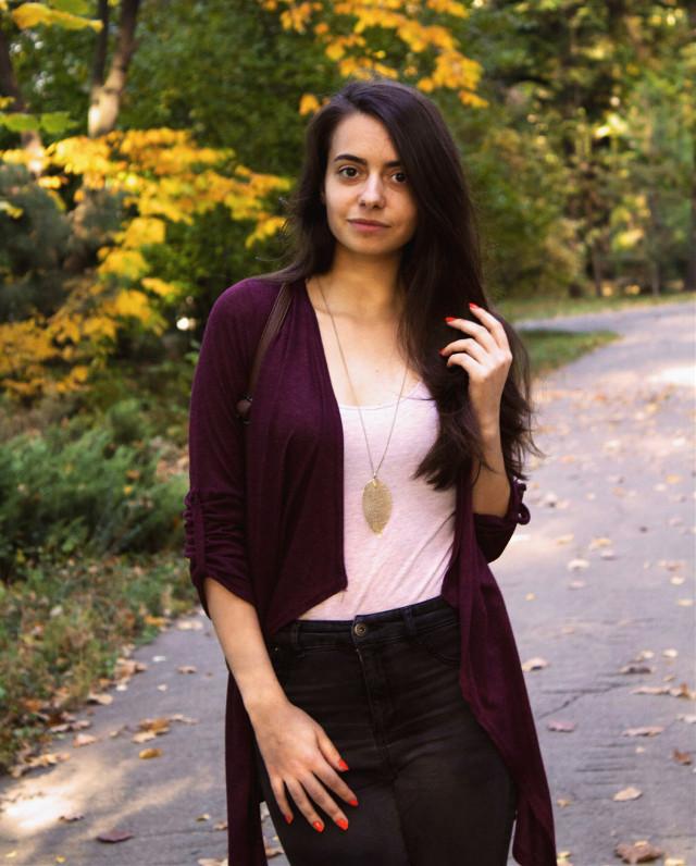 Lovely day.#photography#photoshoot #autumn #fall #travel #picoftheday #city #autumnday #smile #girl #traveler #sunny