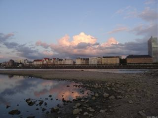 nofilter river cloud mirrowing city