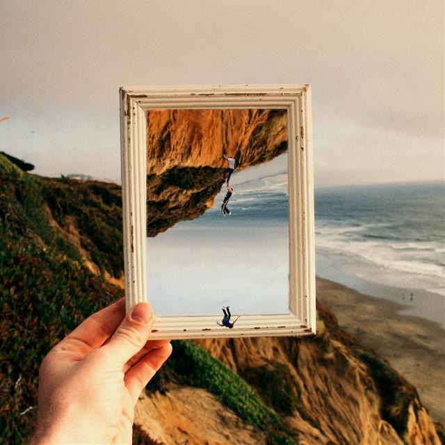 #frameremix #surreal #people #falling #upsidedown #nature #frame