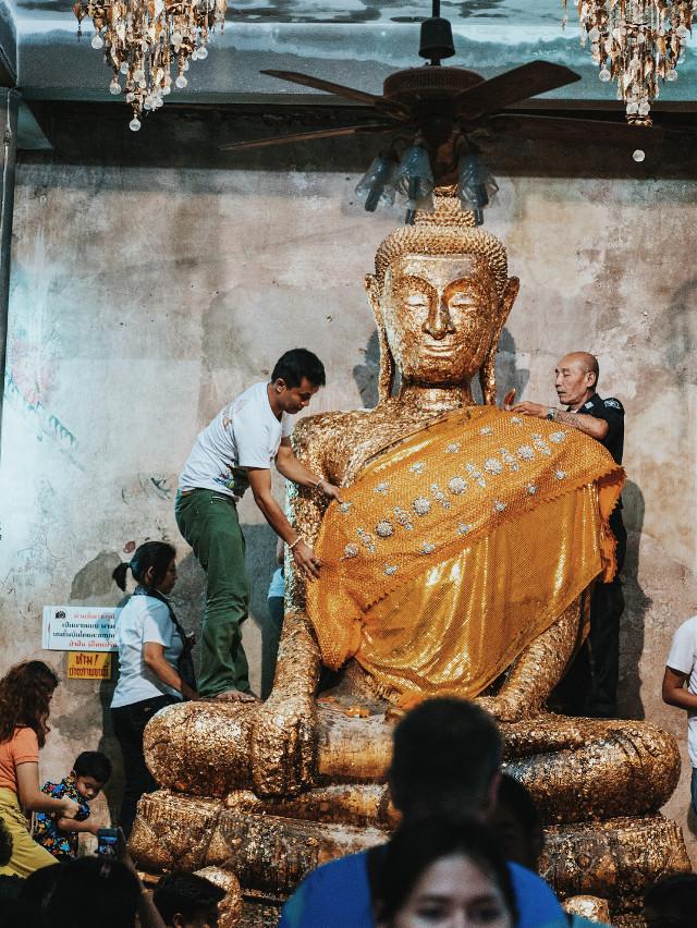 #panasonic #panasoniclumix #digitalphotography   #digitalphoto #buddhist #buddhism #temple #buddha #statue #religous #religiousart #amphawa #travel #travelphotography #edited #mft #microfourthirds #m4/3 #micro4/3 #mirrorless