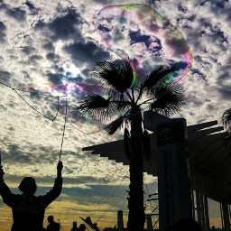 streetart malaga streetphoto photography bubbles