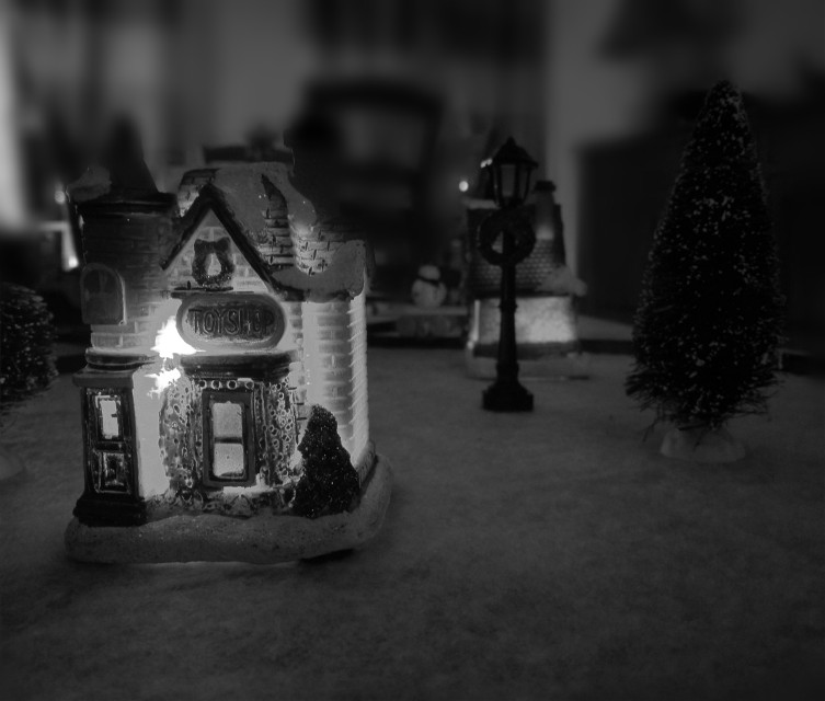 Christmas is coming.. #miniature #christmas #village #lovely #blackandwhite