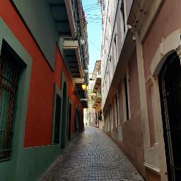 alleyway street oldsanjuanpuertorico photography oldbuildings
