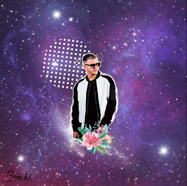 Este es mi primera edicion de estilo k-pop digan ustedes ¿que tal me quedo?  #freetoedit #djsnake #k-pop #galaxia #universo #estrellas #flor #ircdjsnakeremix