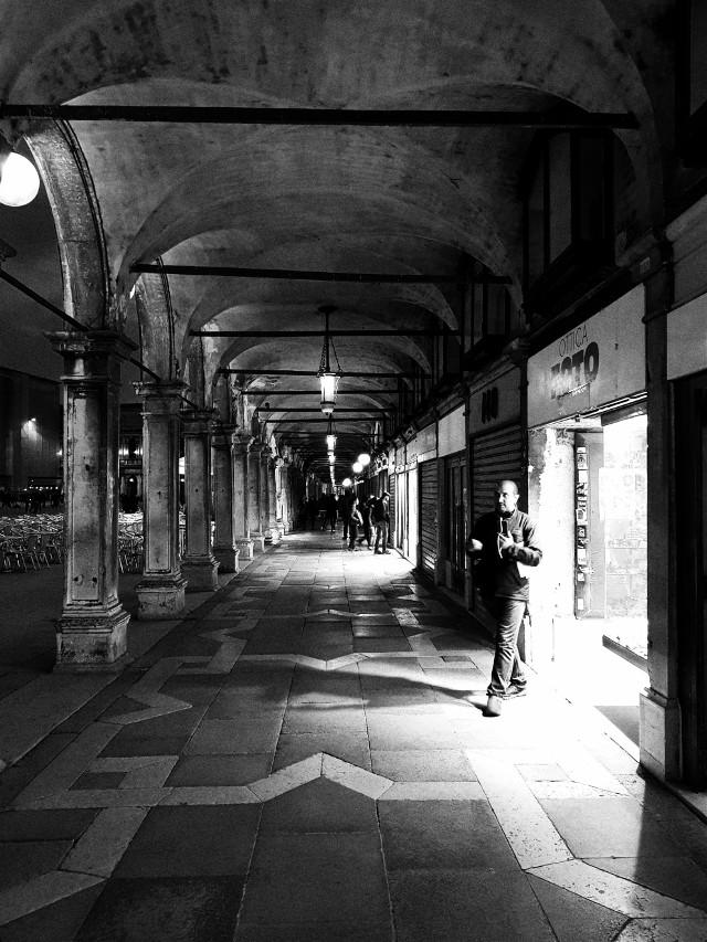 #plazasanmarcosvenecia #piazzasanmarco #bnwphotography #bnw #blackandwhite #venezia #venecia🇮🇹