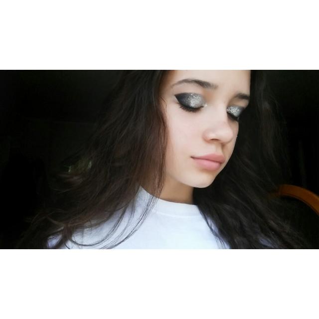 #makeup #glitter #goodvibes #summervibes