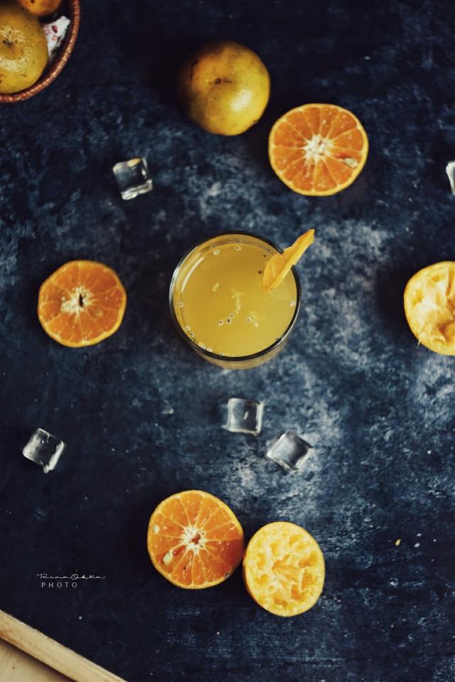 Orange 🍊 #orange #juices #orangejuice #stilllife #stilllifegallery #foodphotography #fruit