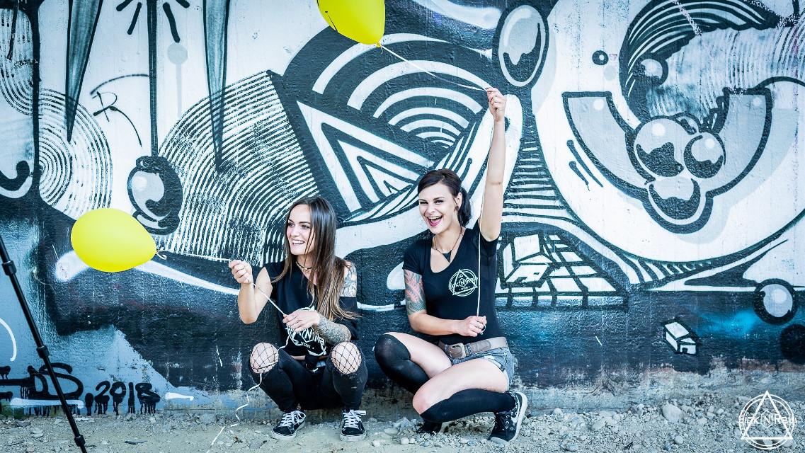 #freetoedit #remixit #balloons🎈 #fotoshooting #techno #girls #graffity