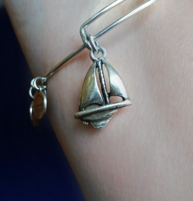 #freetoedit #bracelet #ship