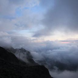 clouds peaks mountains fog