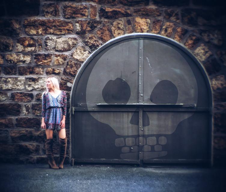 #wallart #wife #photoshoot #blonde #eyesclosed #beautiful #staonewall #steeldoor #skull #september2018 #labordayweekend