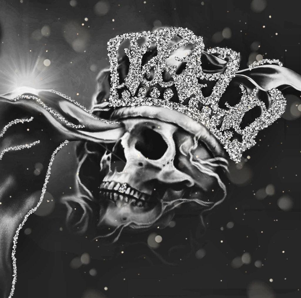 the greatest wealth is peace of mind. #skull #skullhead #glitterbrush #blackandwhite #editstepbystep #dodgereffect   #myedit #madewithpicsart