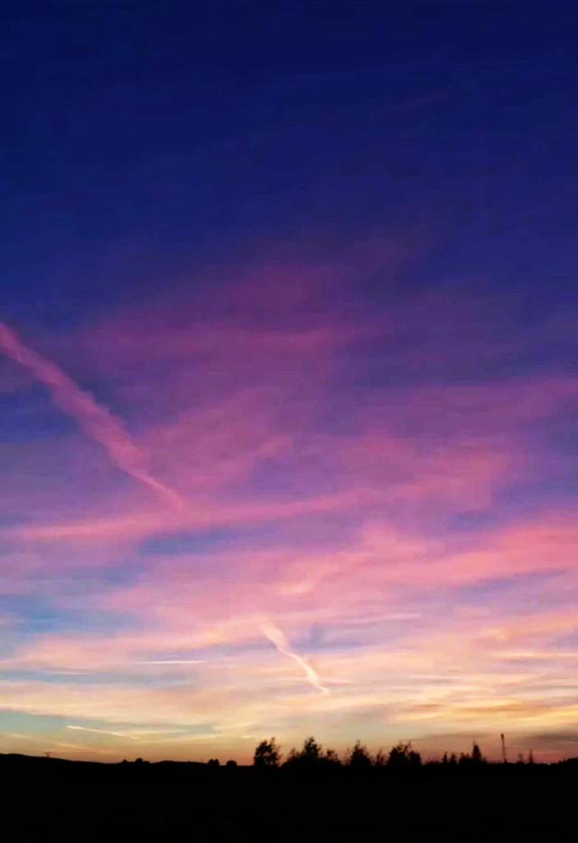 #freetoedit #sky #morning #germany #landscape #photo #nature #myphoto #colourful #sunrise #beautiful  🌅🌞🔥☺👌🏼