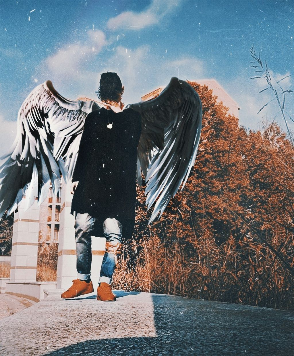#freetoedit #wings #fly #tumblr #retro #old #photo #reflex #polaroid #sadness #realpeople @picsart #picsart #artwork #premiumedition