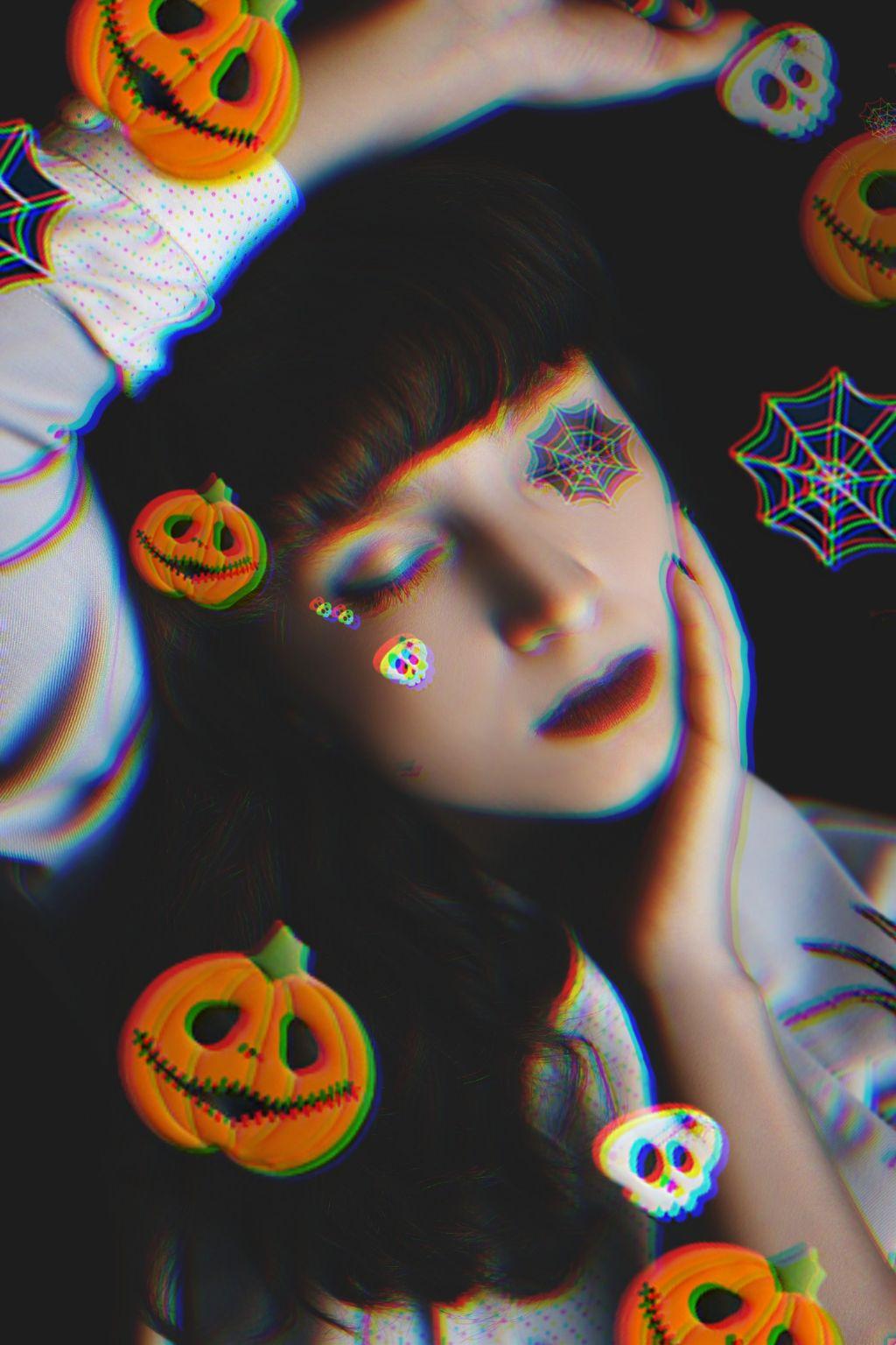 #freetoedit #madewithpicsart #glitch #halloween