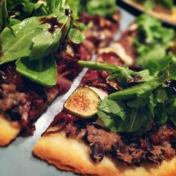 glutenfree dairyfree vegan vegetarian pizza
