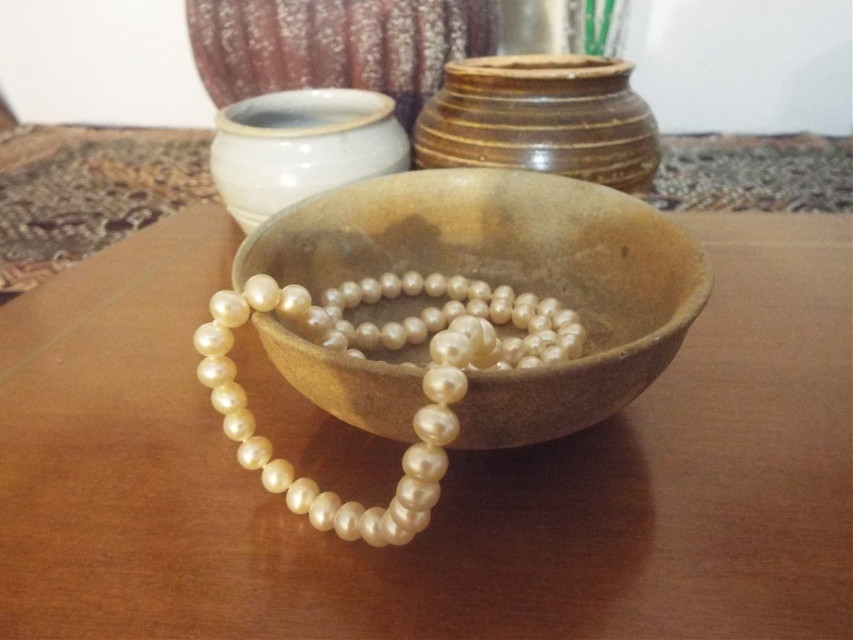 #freetoedit #pearls #oldpottery