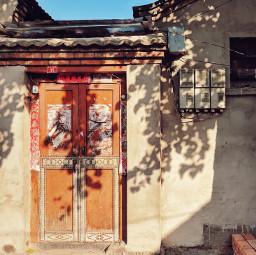 beijing door sunlight shadow afternoon