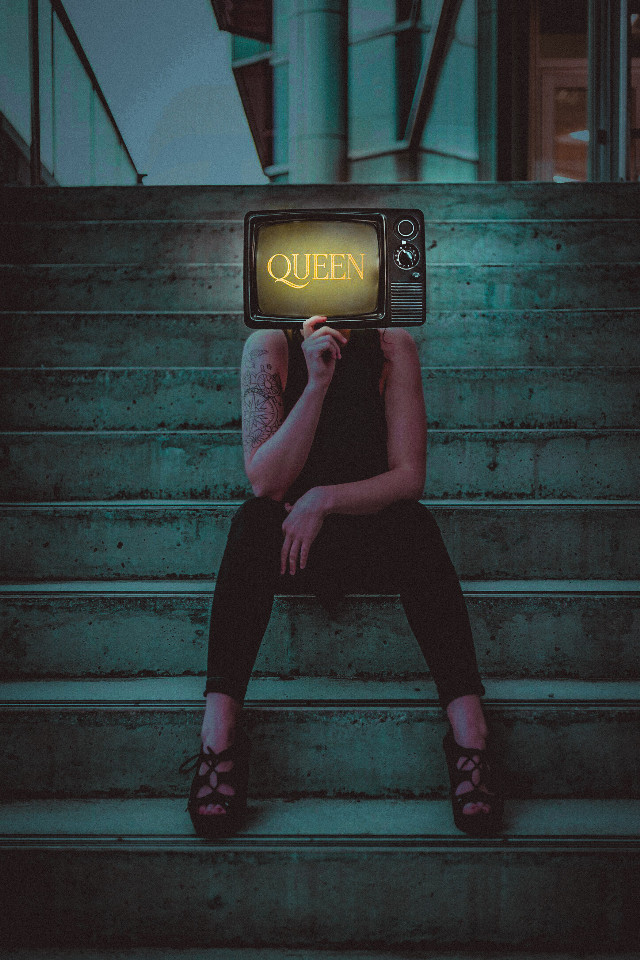 #creative #classic #woman #girl #queen #tv #glitch #young #lightroom #bohemianrhapsody #inspiration