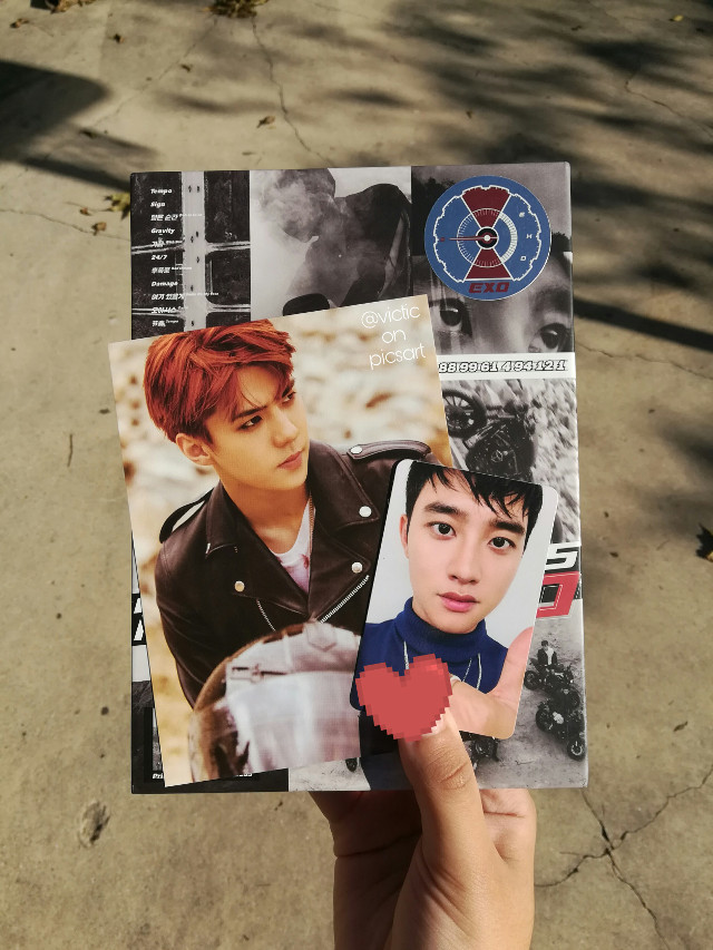I got the album!!!!!! I'm shaking https://youtu.be/iwd8N6K-sLk 💕💕💕💕💕💕💕 #exo  look a lil baby kyungsoo and sehun looking sexy as always 😈